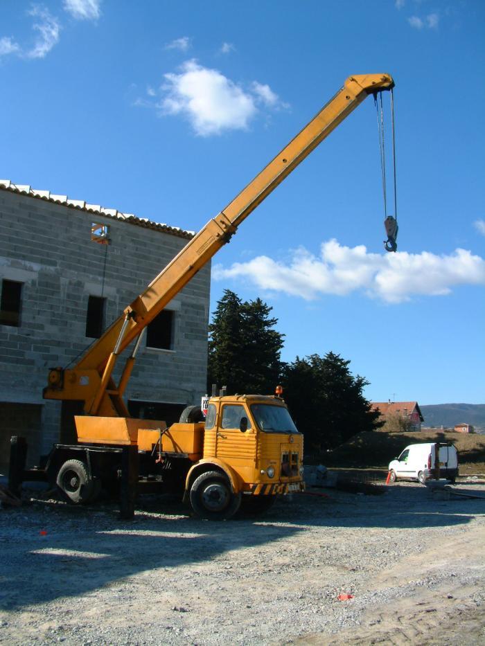 1724w26,pegaso,crane