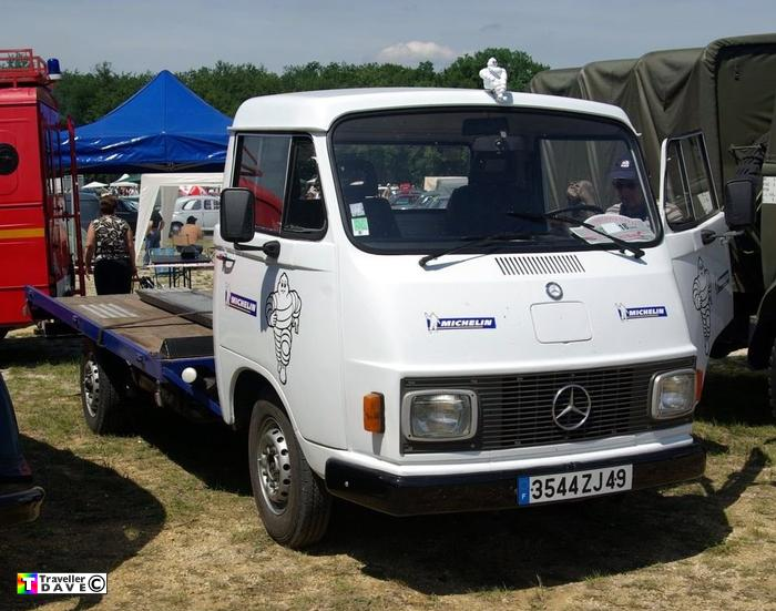 309d transporter ferte allais expo 2010 traveller dave for Mercedes benz 309d