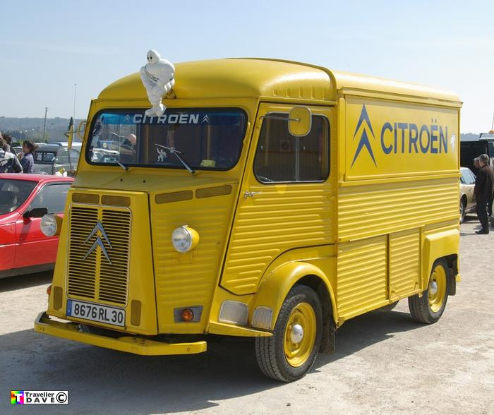 citroen garage hy at avignon expo 2011 traveller dave. Black Bedroom Furniture Sets. Home Design Ideas